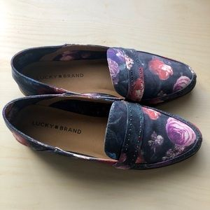 Lucky Brand Floral Loafers🍀